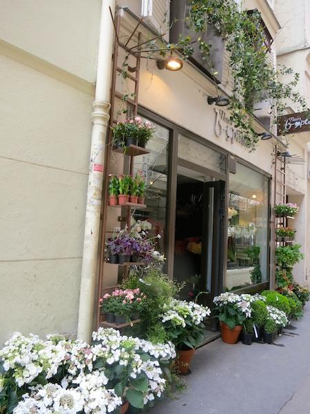 Flower shop in the 6th arrondissement Paris