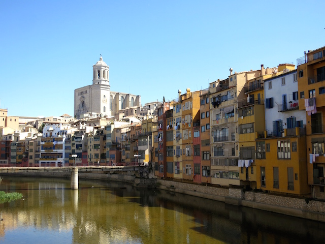 Paris to Barcelona train, stopover in Girona