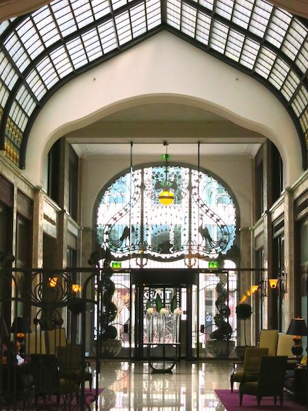 How I afford luxury travel, Four Seasons Budapest hotel