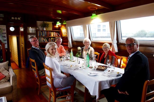 Athos hotel barge, France