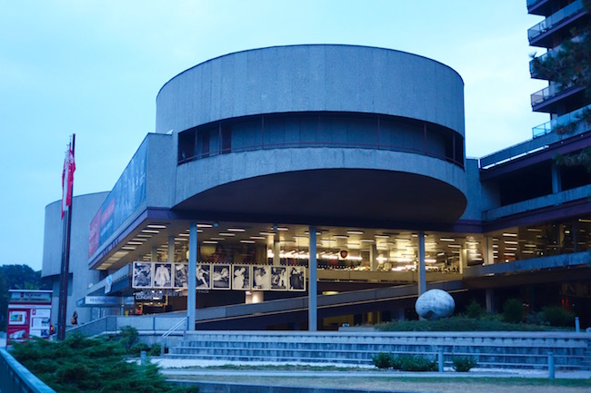 theatre-at-spa-hotel-thermal-in-karlovy-vary-cz