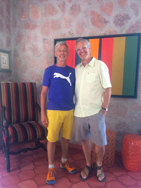 dane-and-brian-tour-guides-in-puerto-vallarta
