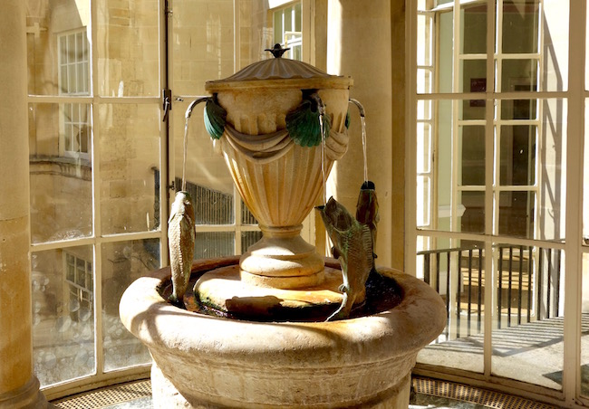 pump-room-fountain-jane-austen-in-bath