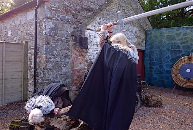 Winterfell tour castle courtyard scene