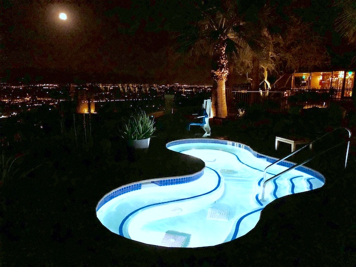 Palm Springs Resorts, Ritz-Carlton Rancho Mirage pool at night