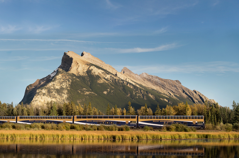 How to choose a Rocky Mountaineer package, Banff and train