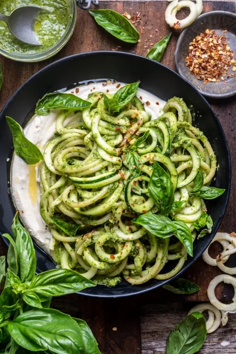 pesto zucchini noodles