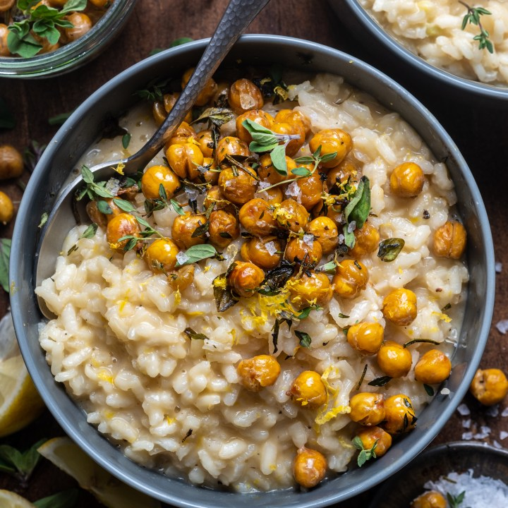 Lemon risotto with herb roasted chickpeas