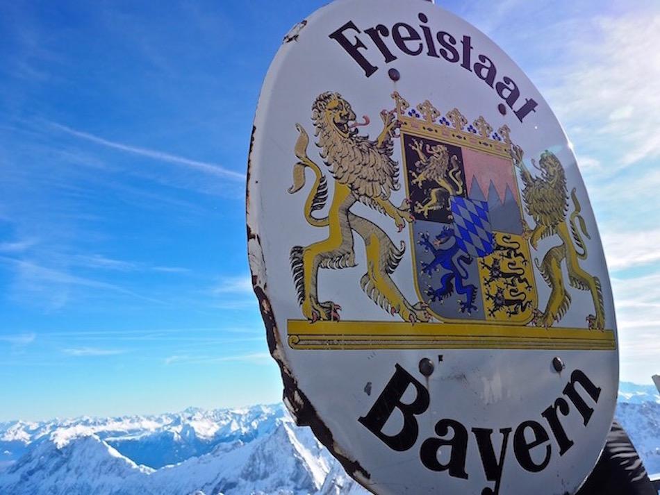 Freistaat Bayern at Austrian German border