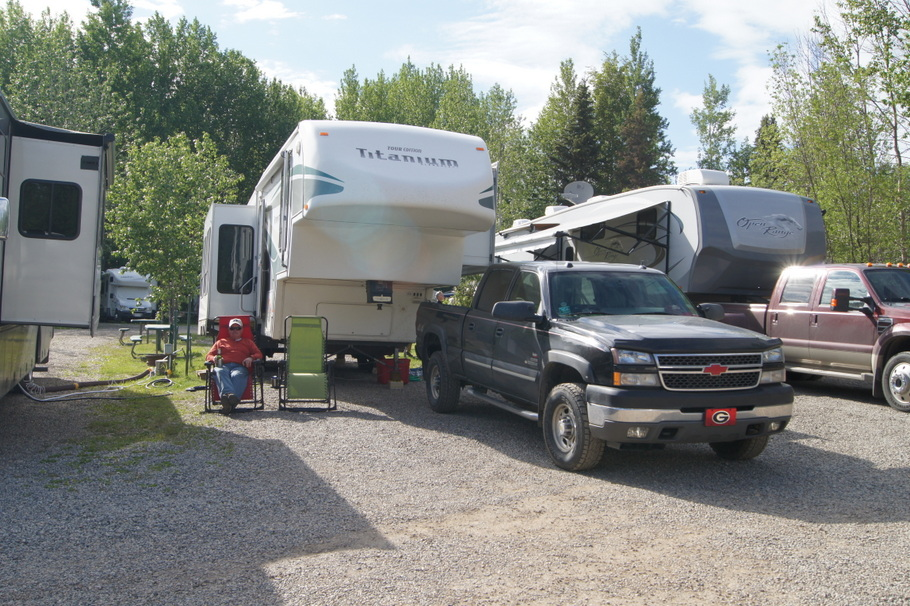 Triple G Hideaway Site 87 Ft Nelson, BC