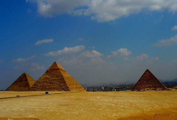 40-Hour Workweek - Pyramids of Giza, Egypt