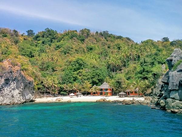 short break on Apo Island, Philippines