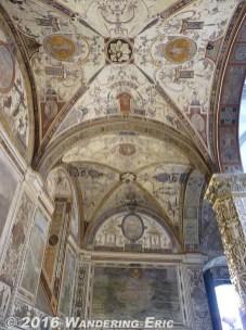 20100913.nice-ceiling