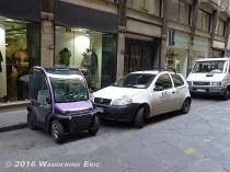 20100913.tiny-car-haha