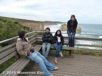 20110518_hanging-out-at-the-apostles