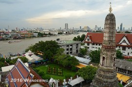 20110905_view-from-the-top-of-wat-arun