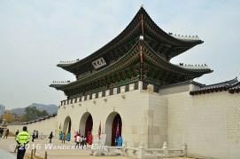 20111104_entrance-to-gyeonbok