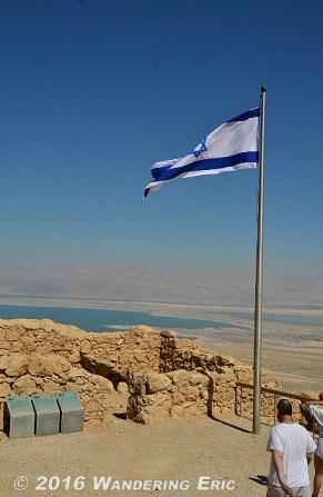 20140326_israeli-flag-on-top-of-masade