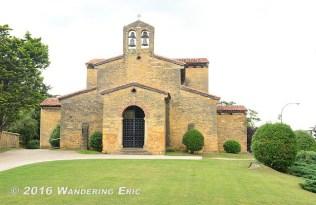 20140705_san-julian-de-los-prados-church