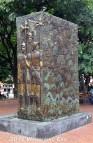 20140817_monument-in-parque-el-poblado