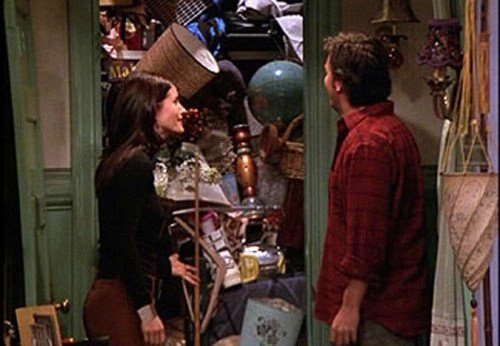 Monicas closet on friends