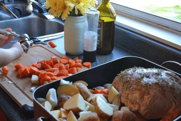 making Sunday roast dinner for a simple mothers day