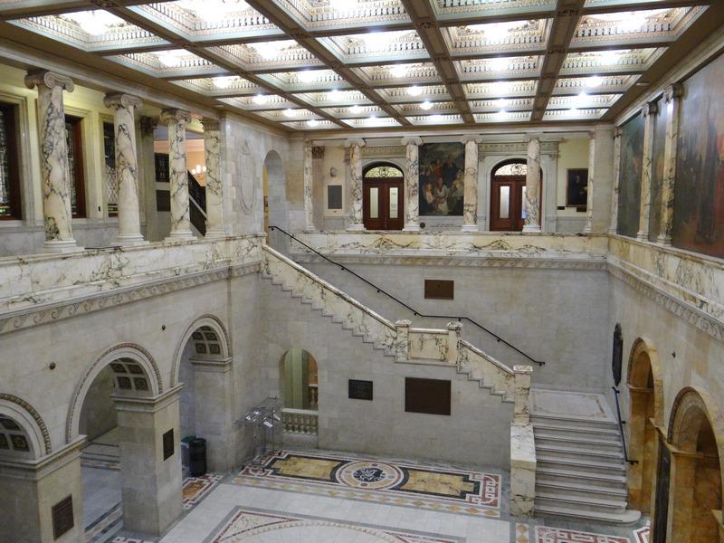 The Massachusetts State House: Boston's Golden Dome