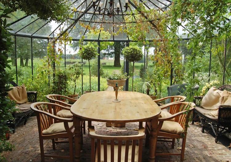 Outside Garden Decor Ideas