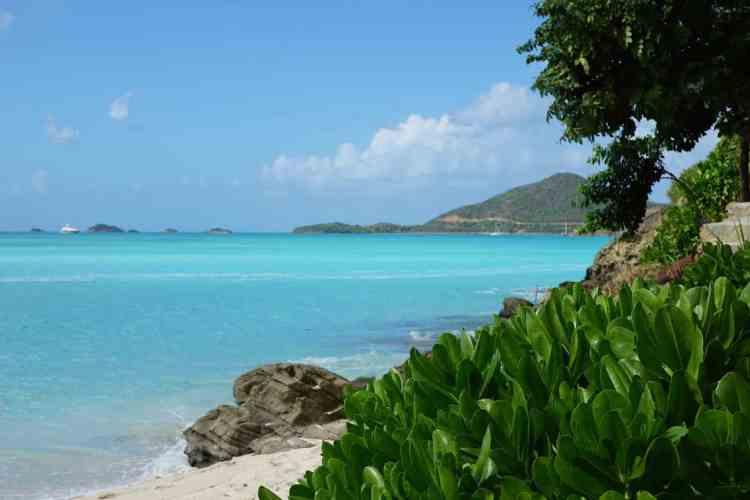 Antigua vs Aruba