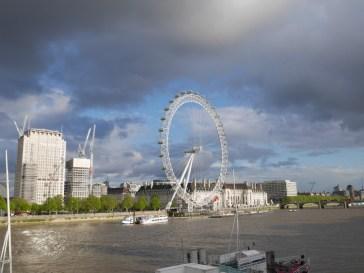 Thames path London eye