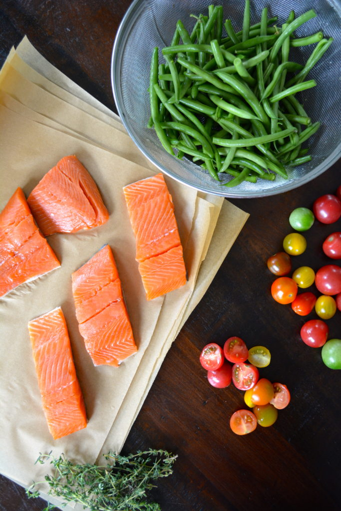 Salmon en Papillote - salmon filets with green beans, tomatoes, and thyme