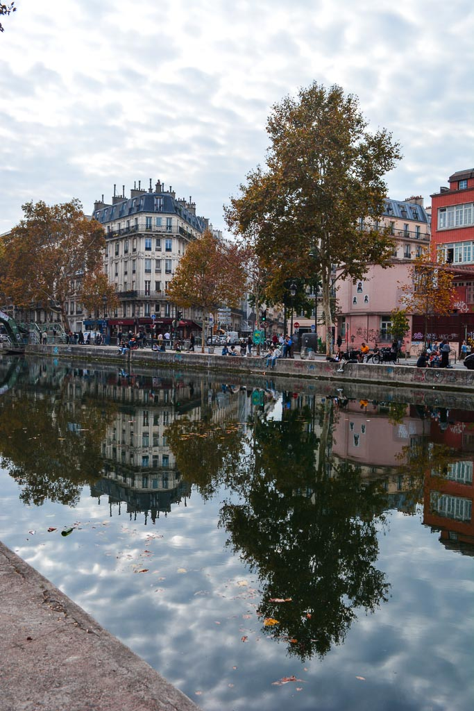 Comprehensive Guide to Paris:  Le Canal St Martin