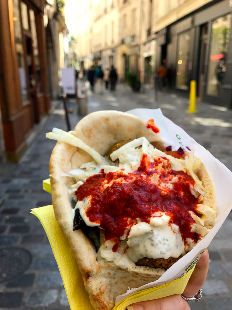 Comprehensive Guide to Paris:  L'as du Fallafel