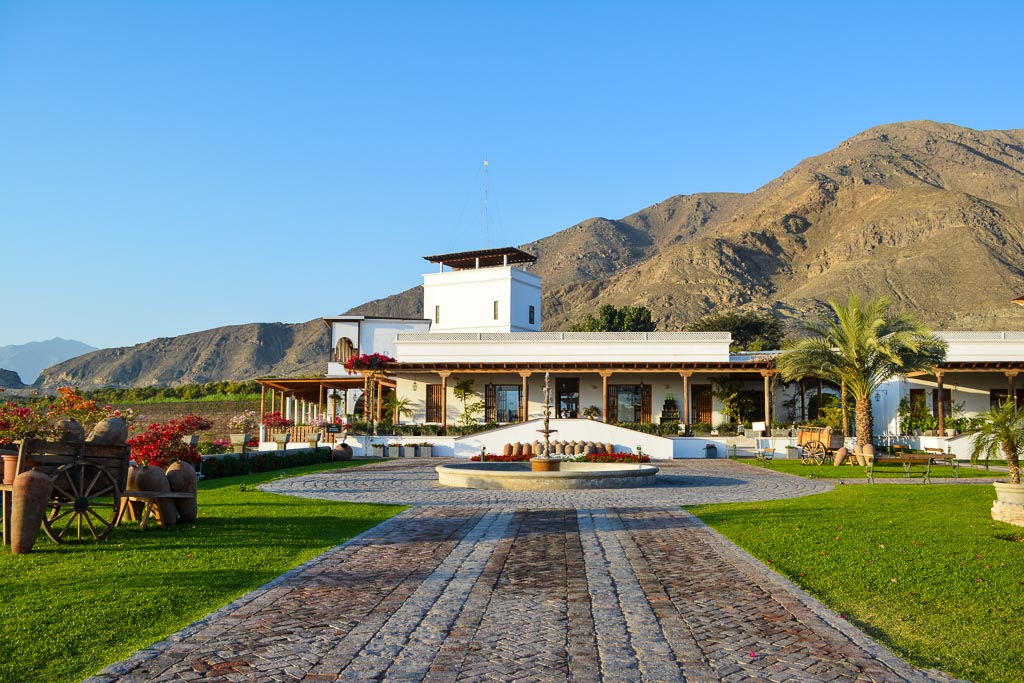 Grounds of Las Vinas Queirolos Hotel in Ica, Peru
