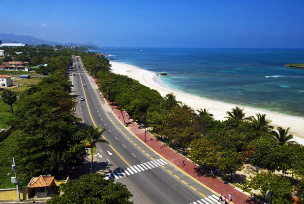 Things to See in Puerto Plata: Red Boardwalk or Malecon