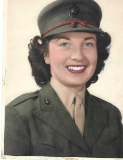 Polly Roberts military photo