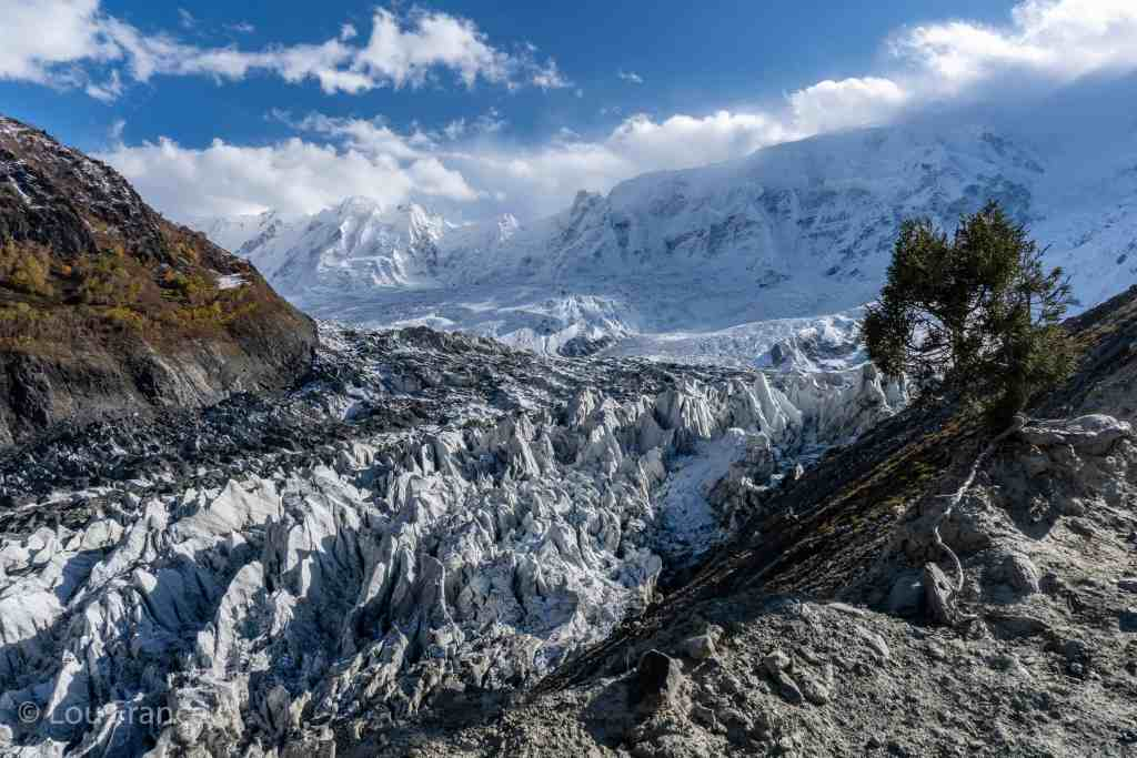 the incredible Minapin glacier