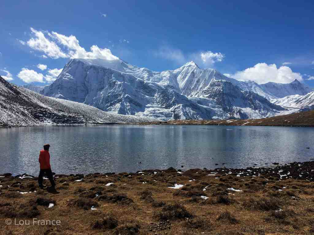 To enjoy perfect views like this you need a definitive Annapurna packing list