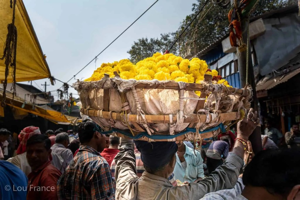 The colourful flower market is one of the best places for photography in Kolkata