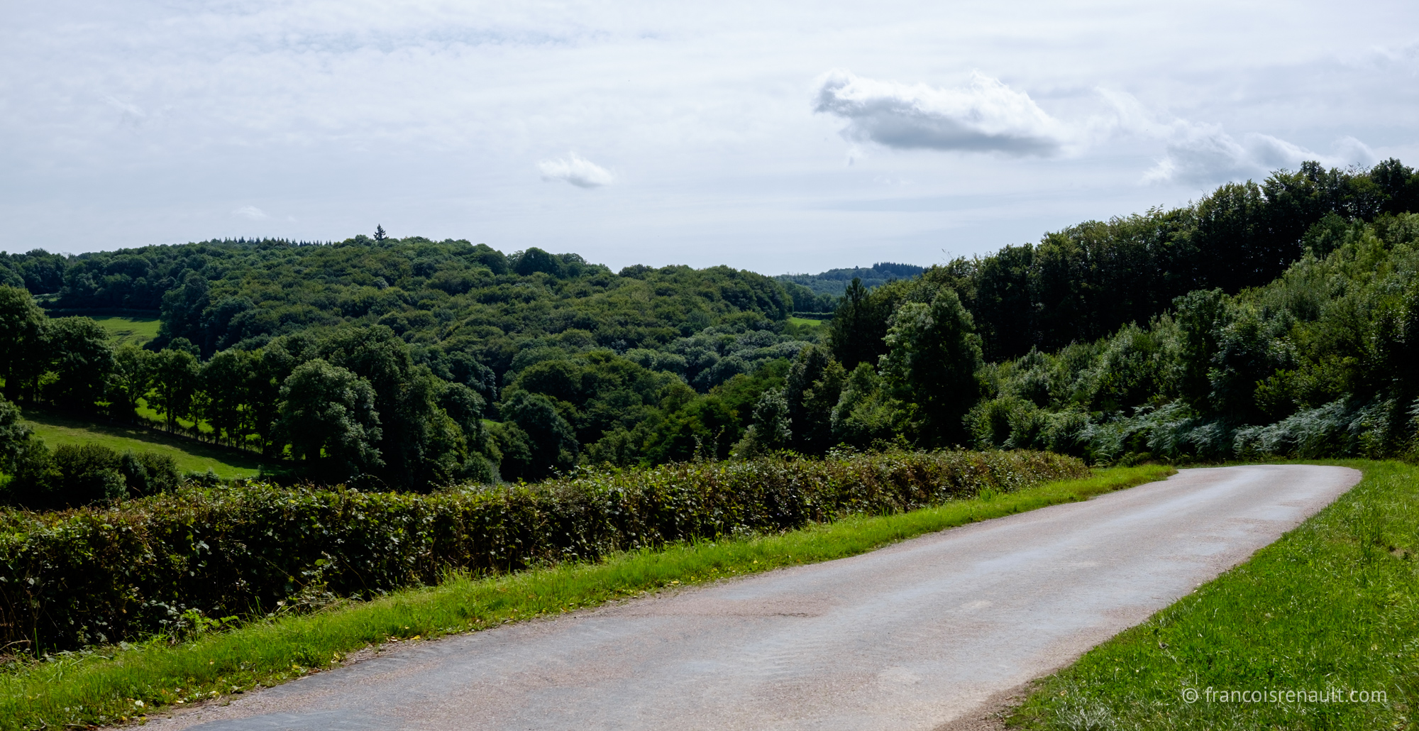 Route du Morvan, Bourgogne, France.