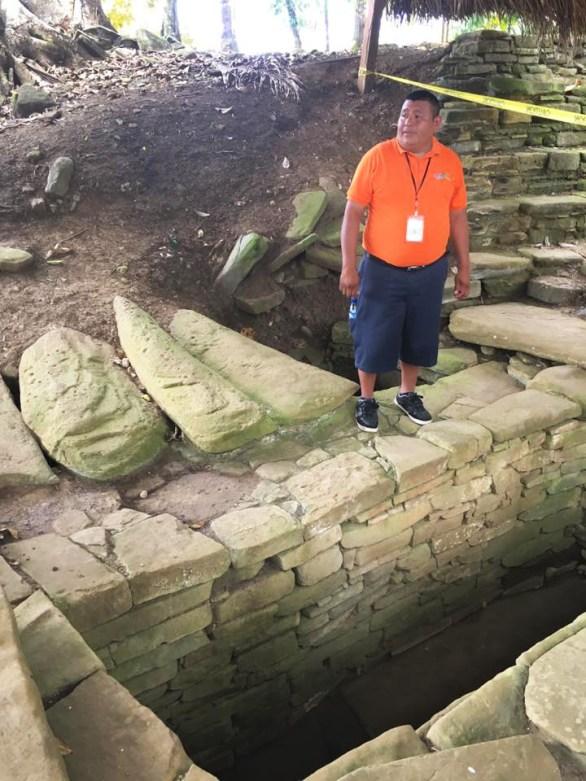Belize - Nim Li Punit Tomb