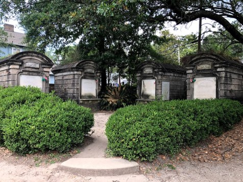 New Orleans - Lafayette Cemetery Four Friends