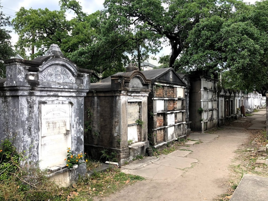New Orleans - Lafayette Cemetery Mausoleums