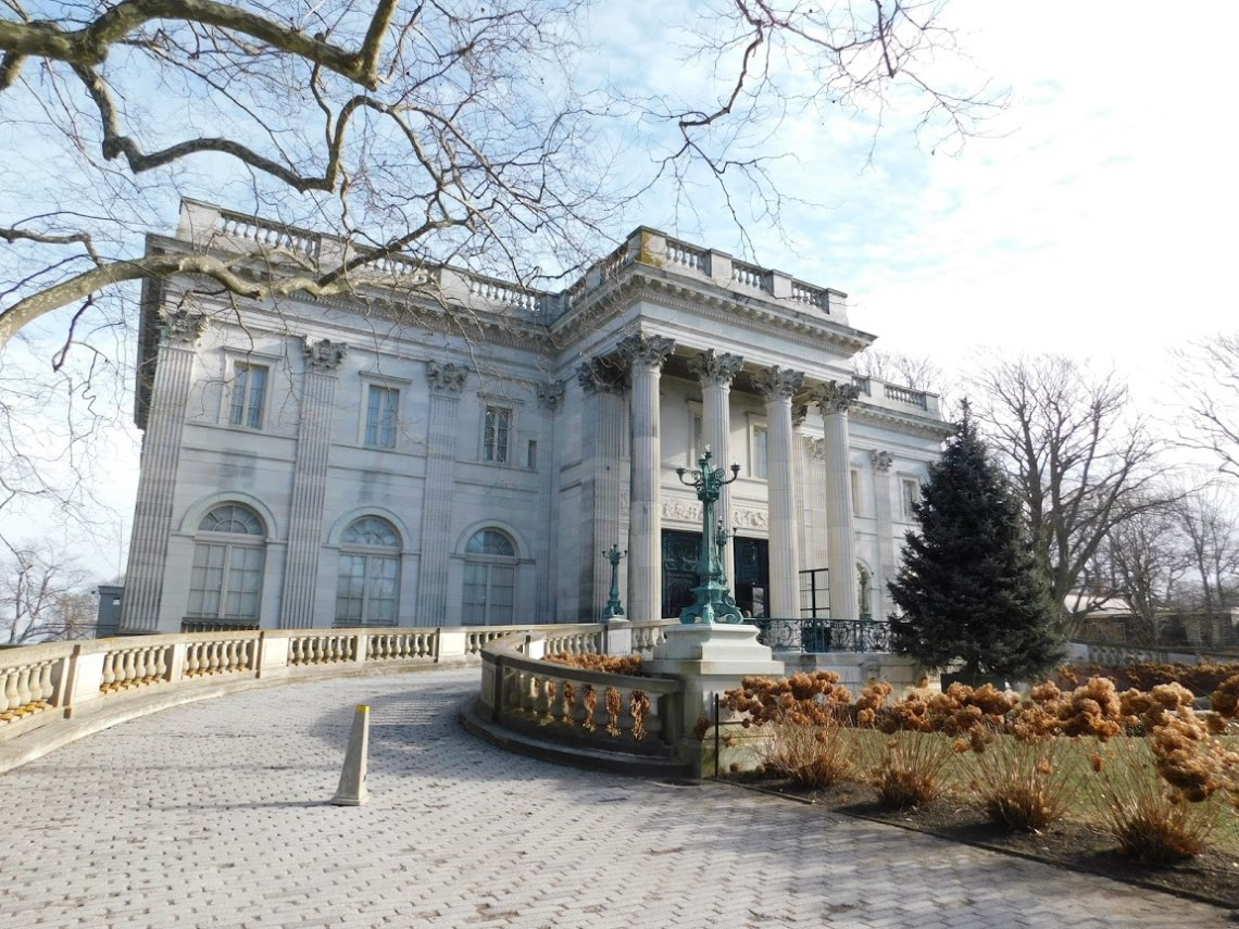 Marble House Outside