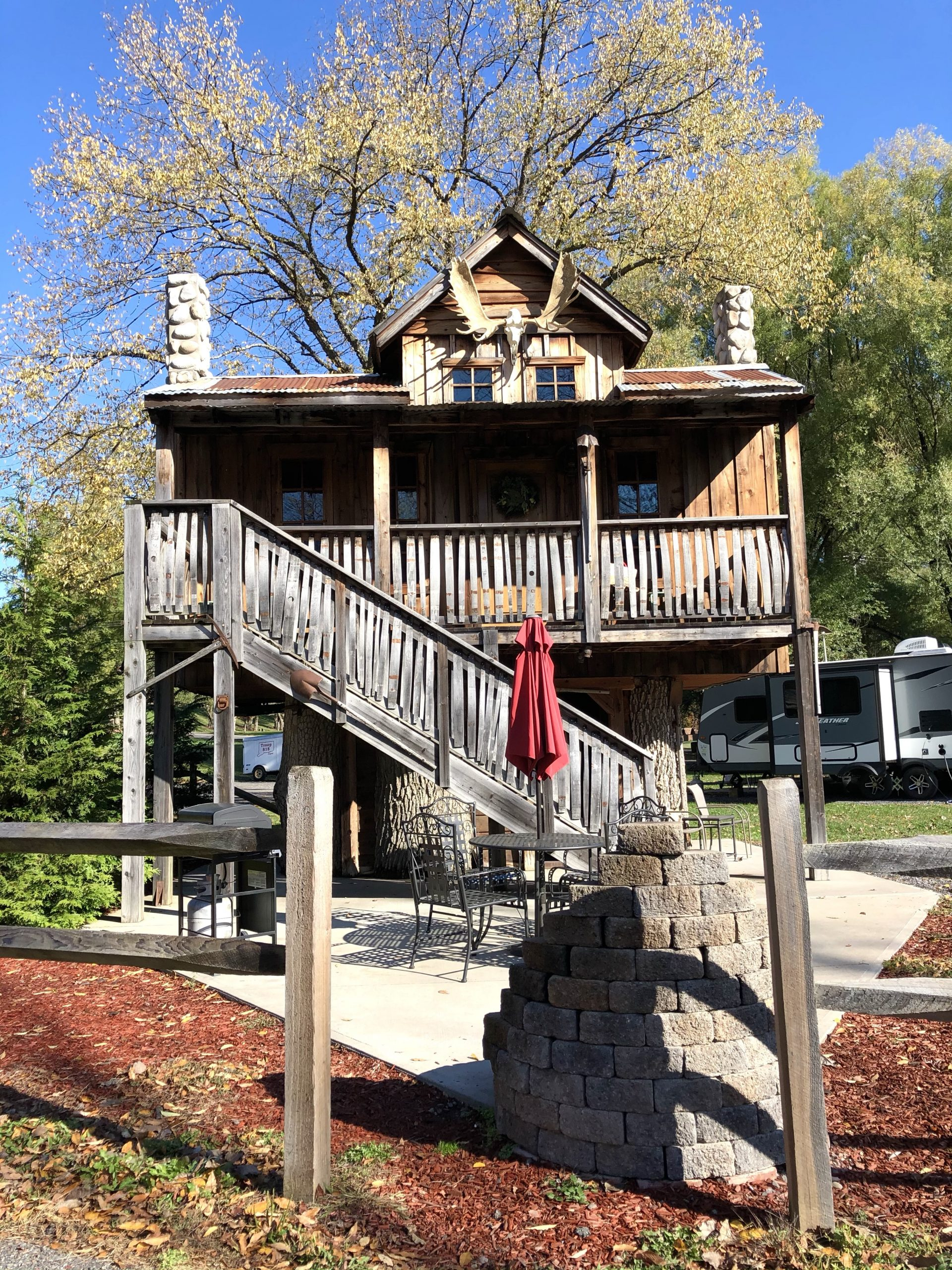 Treehouse at Herkimer Diamond Mines KOA