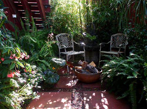 tropical outdoor patio Giving Your Patio A Burst of Tropical Color in Any Climate