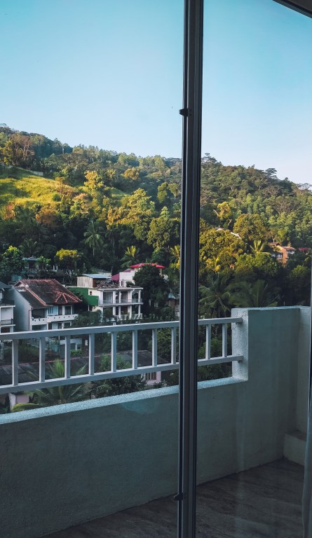 wanderlustgary - Places to stay in Kandy, Sri Lanka