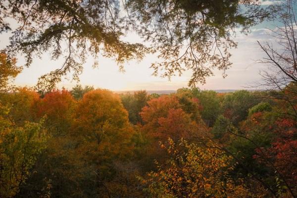 ledges cuyahoga valley national park best fall hikes near cleveland