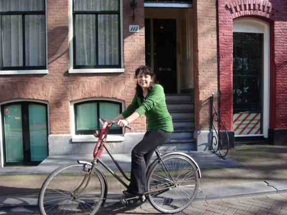 Biking in Amsterdam, Is Amsterdam a Good Move for You?