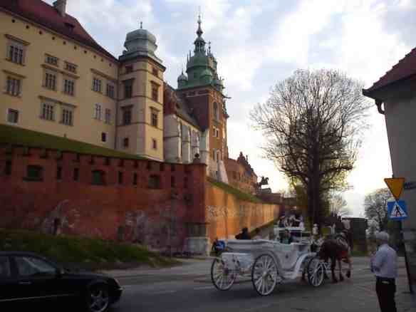 Horse and carriage ride at Wawel Castle, scams in krakow